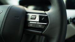 DS3 Crossback E-Tense: dettaglio volante