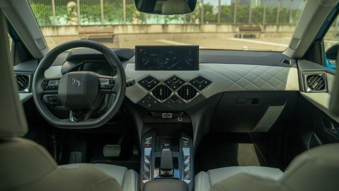 DS3 Crossback E-Tense: interni
