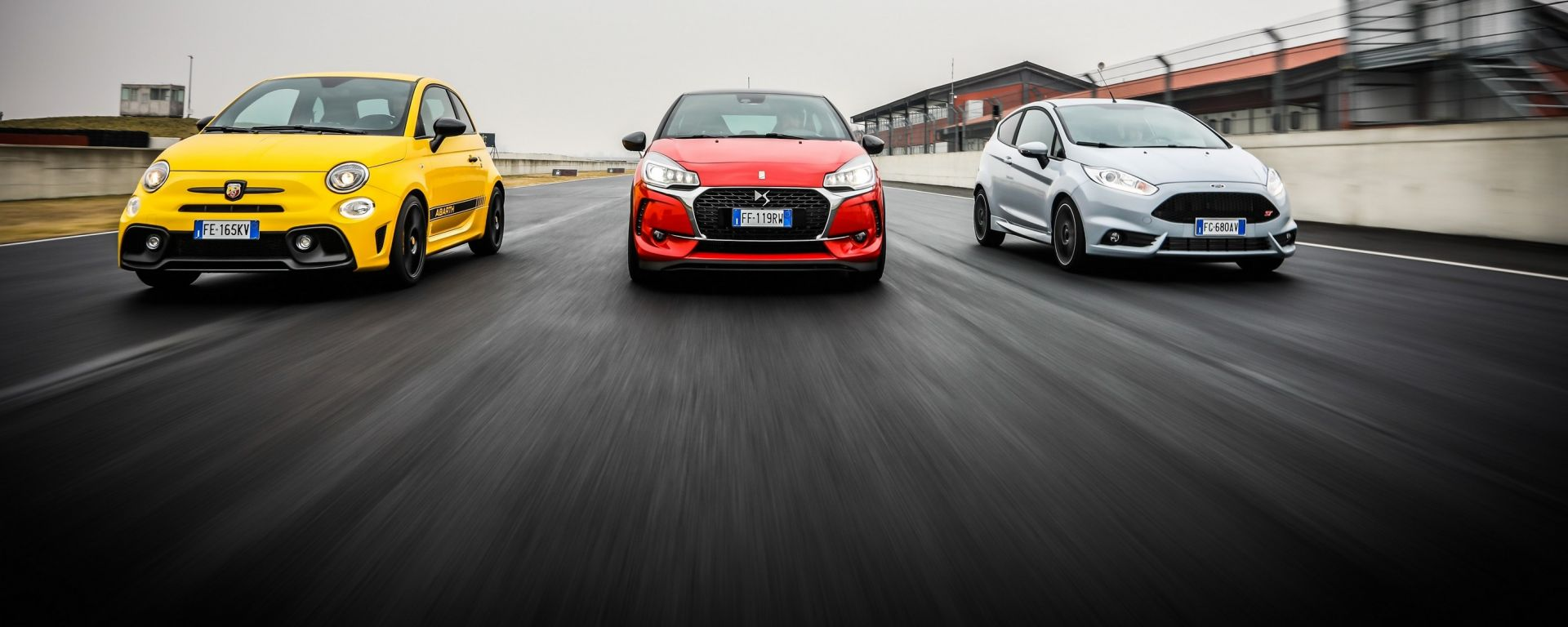 DS3 Performance vs Abarth 595 competizione vs Ford Fiesta ST200: la sfida in pista
