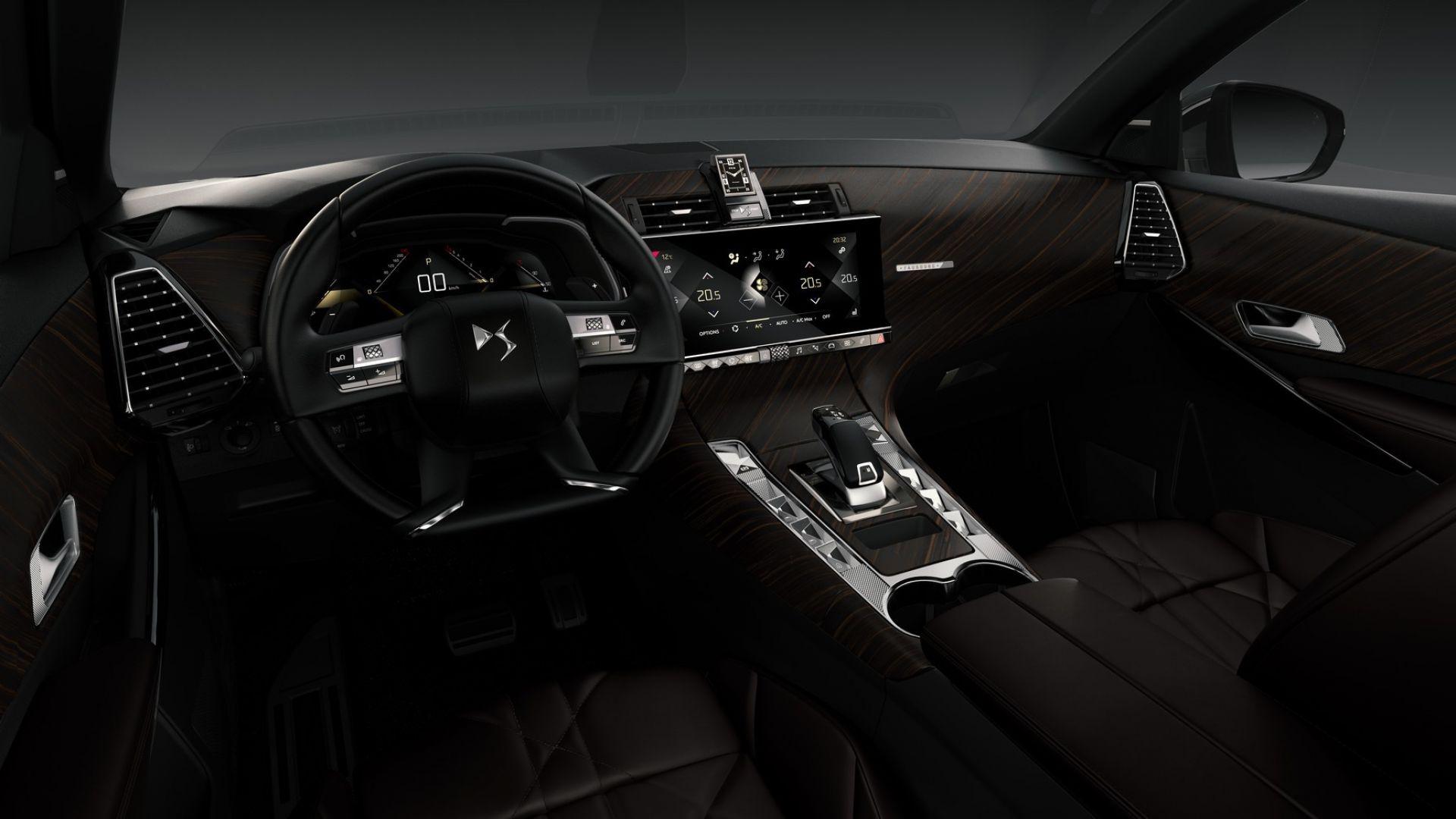 ds automobiles con ds7 crossback il brand premium di psa inaugura i ds store motorbox. Black Bedroom Furniture Sets. Home Design Ideas
