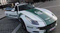 Dubai: la storia del parco auto della polizia più cool al mondo - Immagine: 7