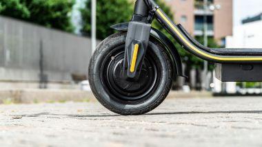 Ducati City Cross-E Black & Yellow: il motore è nella ruota anteriore