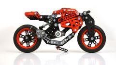 Ducati: da adesso te le costruisci in Meccano - Immagine: 2