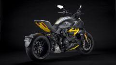 Ducati Diavel 1260 S Black and Steel 2021: i dettagli sportivi in giallo, qua e là