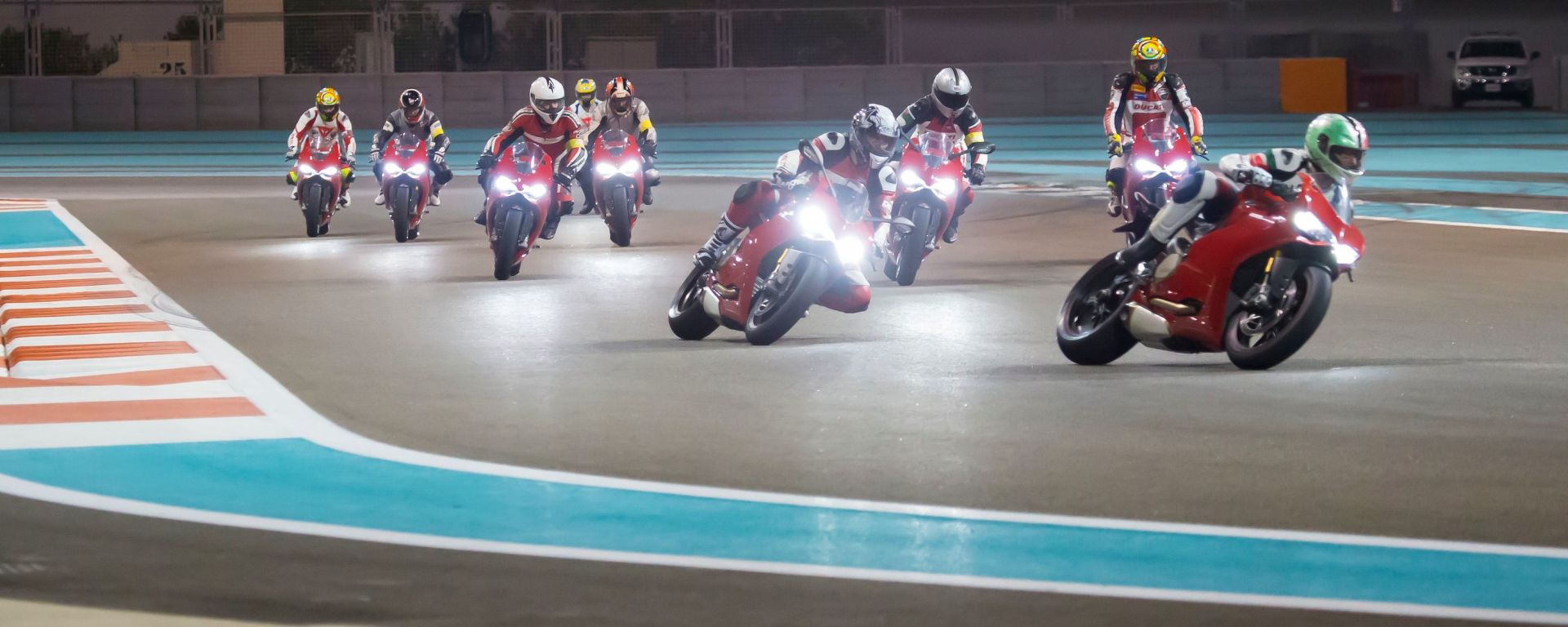 Ducati Riding Experience: tappa speciale in Bahrain