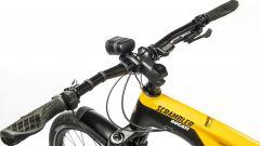 Ducati e-MTB 2021: manubrio della e-Scrambler