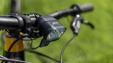 Ducati eScrambler: potente il faro anteriore