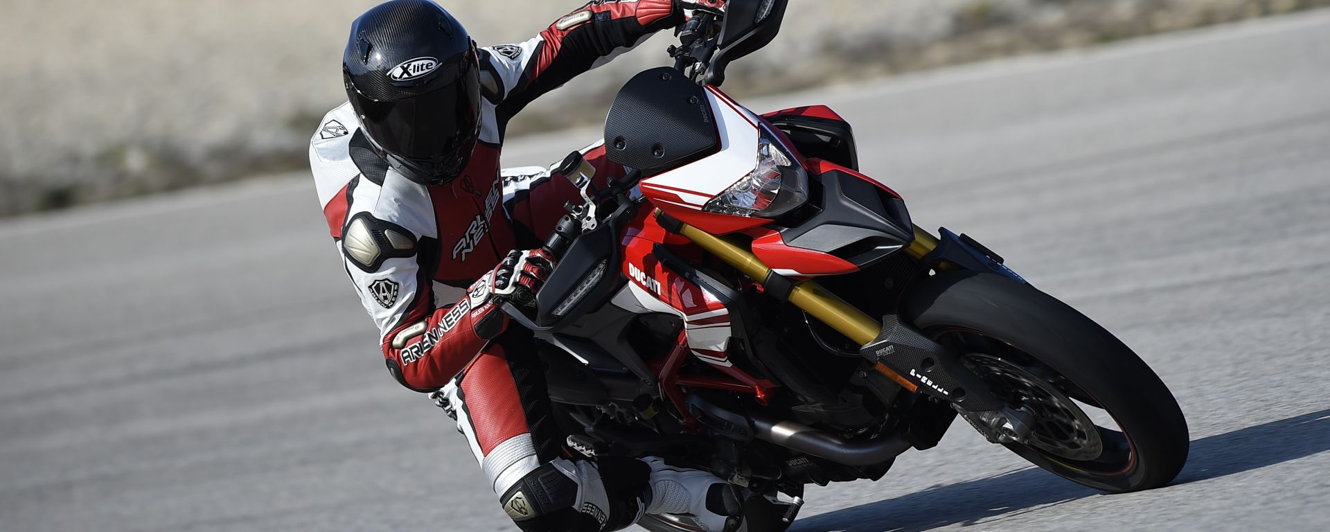 Ducati Hypermotard 939 e 939 SP: il video