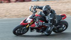 Ducati Hypermotard 950 2019: la SP in azione in pista
