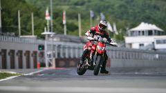 Ducati Hypermotard 950: Euro 5 per tutte e nuovo colore per la SP - Immagine: 18
