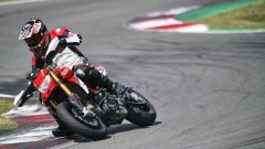 Ducati Hypermotard 950: Euro 5 per tutte e nuovo colore per la SP - Immagine: 13