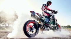 Ducati Hypermotard 950 RVE: burn out per la supermoto di Borgo Panigale