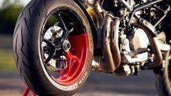 Ducati Hypermotard 950 RVE: particolare dalla vista posteriore