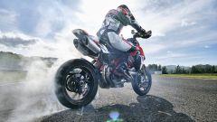 Ducati Hypermotard 950 SP in burn out