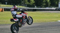 Ducati Hypermotard 950 SP in monoruota