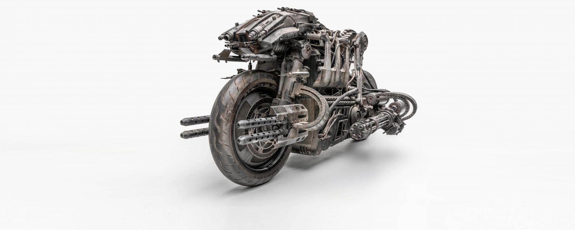 Ducati Hypermotard Terminator Salvation 2009: la vista anteriore