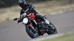 Ducati Monster 1200 R: guarda il video - Immagine: 11