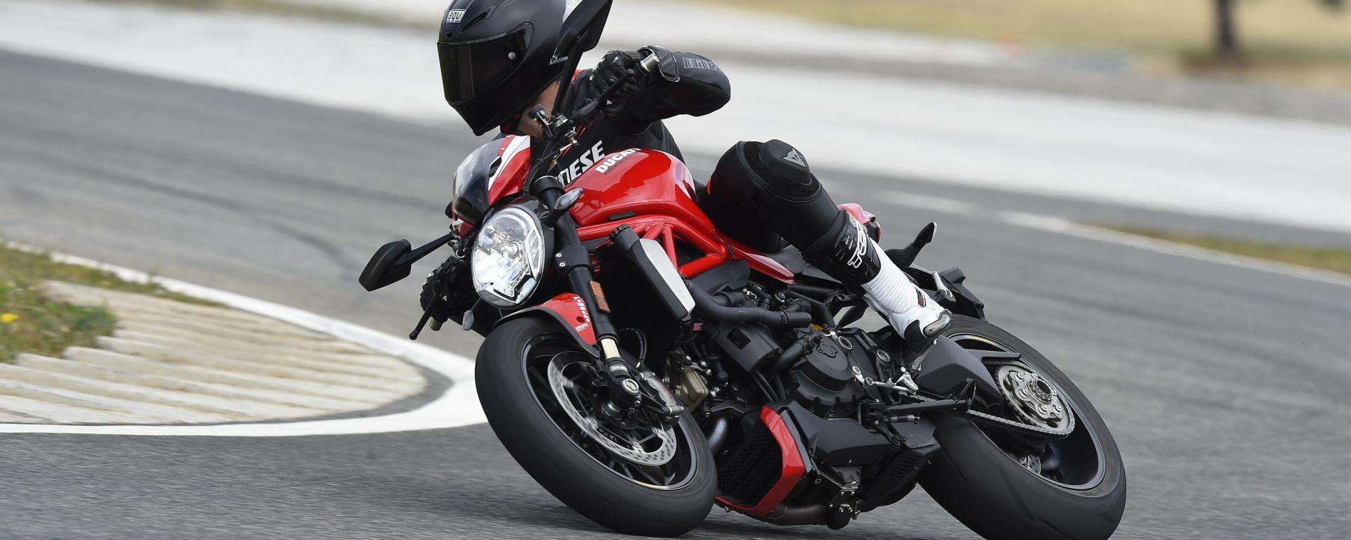 Ducati Monster 1200 R: guarda il video