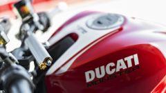 Ducati Monster 1200 R: info e foto ufficiali - Immagine: 25