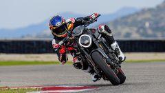 Ducati rivoluziona il Monster: addio traliccio, più tecnologia e motore Euro5 - Immagine: 14