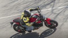 Ducati Monster 2021 in azione