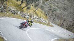 Ducati Monster 2021: la nuova ergonomia facilita la vita