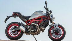 Ducati Monster 797 bianca