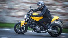 Ducati Monster 821: la prova del mostro di mezzo - Immagine: 6