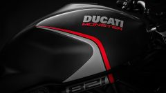 Ducati Monster 821 Stealth 2019 serbatoio con livrea dedicata