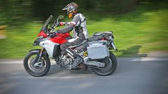 Ducati Multistrada 1200 Enduro in piega