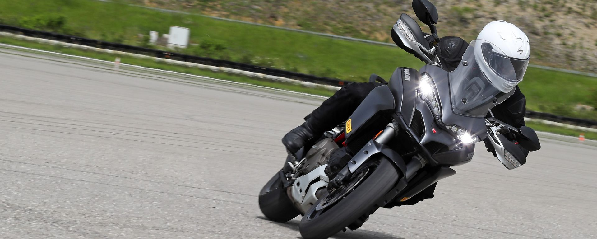 Ducati Multistrada 1200 S, test Motorcycle Stability Control Bosch