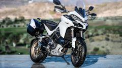 Ducati Multistrada 1260 bianca vista anteriore