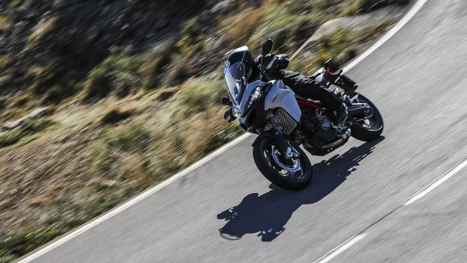 Ducati Multistrada 950 S in azione