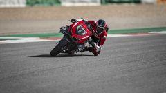 In pista con la Ducati Panigale Superleggera V4: il video - Immagine: 4
