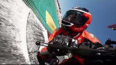 In pista con la Ducati Panigale Superleggera V4: il video - Immagine: 1