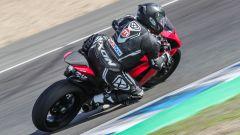 Ducati Panigale V2 2020: in piega a Jerez