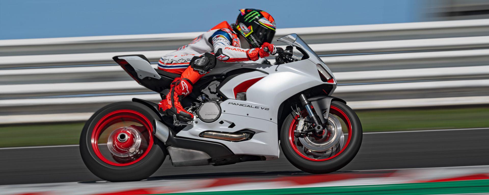 Ducati presenta la livrea White Rosso per la Panigale V2