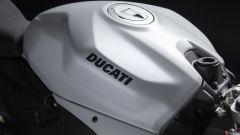 Ducati presenta la livrea White Rosso per la Panigale V2 - Immagine: 11