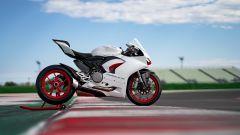 Ducati presenta la livrea White Rosso per la Panigale V2 - Immagine: 17