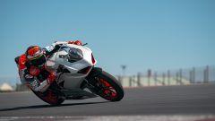 Ducati presenta la livrea White Rosso per la Panigale V2 - Immagine: 18