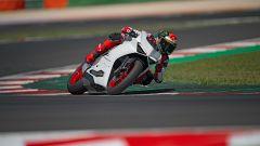 Ducati presenta la livrea White Rosso per la Panigale V2 - Immagine: 23