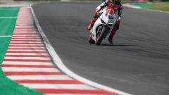 Ducati presenta la livrea White Rosso per la Panigale V2 - Immagine: 24