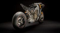 Ducati Panigale V4: la meccanica. Vista 3/4 posteriore