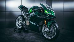 Ducati Panigale V4: con un kit come la 996 di Matrix Reloaded