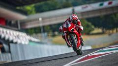 Ducati Panigale V4 S: l'elettronica limita l'impennamento