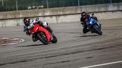 Ducati Panigale V4s e Suzuki GSX-R1000R in pista al Tazio Nuvolari di Cervesina