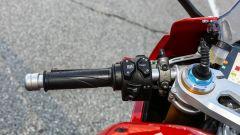 Ducati Panigale V4s: i comandi al semimanubrio sinistro