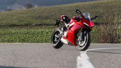Ducati Panigale V4s: vista 3/4 anteriore