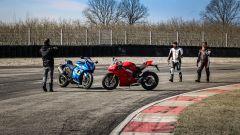 Ducati Panigale V4s vs Suzuki GSX-R1000R: ciak, si gira!