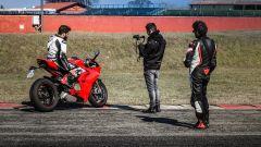 Ducati Panigale V4s vs Suzuki GSX-R1000R: dietro le quinte della comparativa